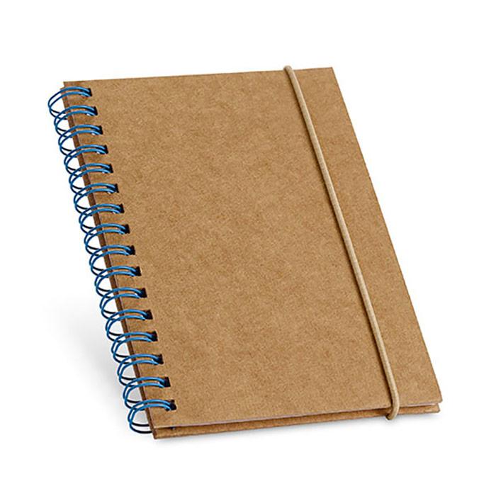 Bloco de notas. Cartão. Capa rígida. Com 60 folhas pautadas de papel reciclado. Tamanho de bolso. Produto amigo do Ambiente. 100 x 140 mm