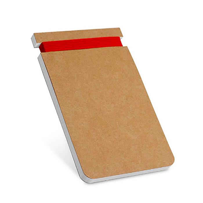 Bloco de notas. Cartão. Com 60 folhas lisas de papel reciclado. 85 x 125 mm